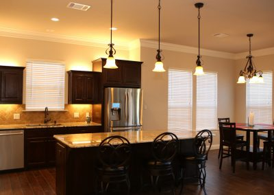 taylor-barnes-homes-kitchen-01