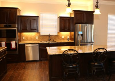 taylor-barnes-homes-kitchen-02