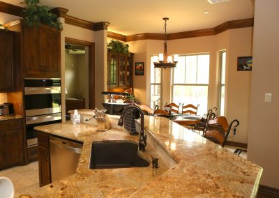 taylor-barnes-homes-kitchen-09