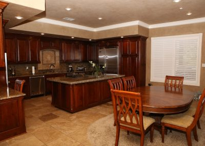 taylor-barnes-homes-kitchen-19