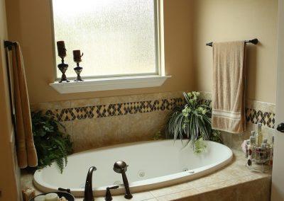 taylor-barnes-homes-bathroom-10