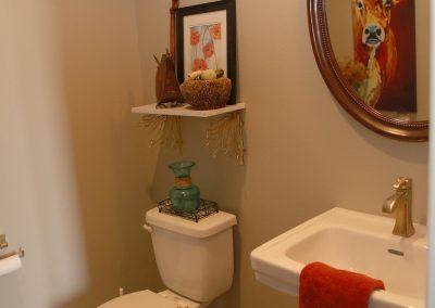 taylor-barnes-homes-bathroom-18