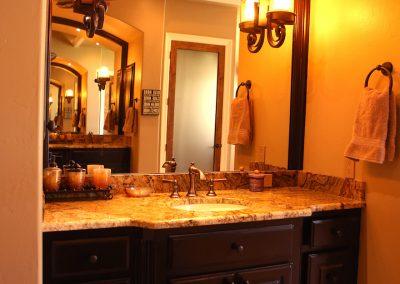 taylor-barnes-homes-bathroom-36