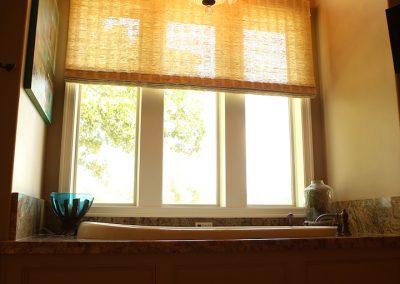 taylor-barnes-homes-bathroom-43