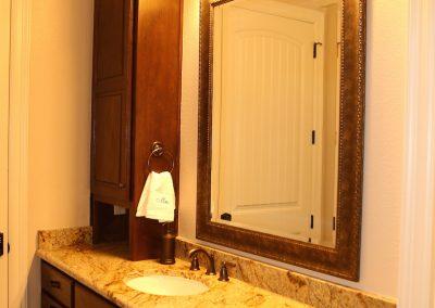 taylor-barnes-homes-bathroom-49