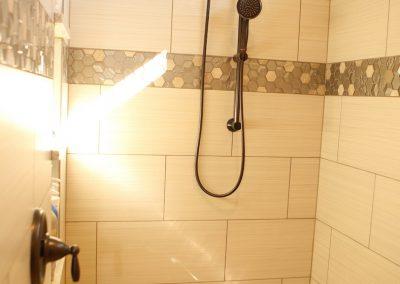 taylor-barnes-homes-bathroom-53