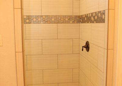 taylor-barnes-homes-bathroom-54