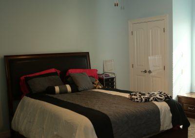 taylor-barnes-homes-bedroom-03