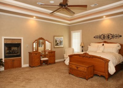 taylor-barnes-homes-bedroom-18