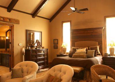 taylor-barnes-homes-bedroom-27