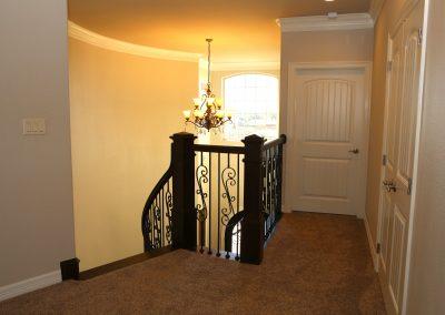 taylor-barnes-homes-entry-26
